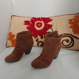 Sugar brown booties size:6.5